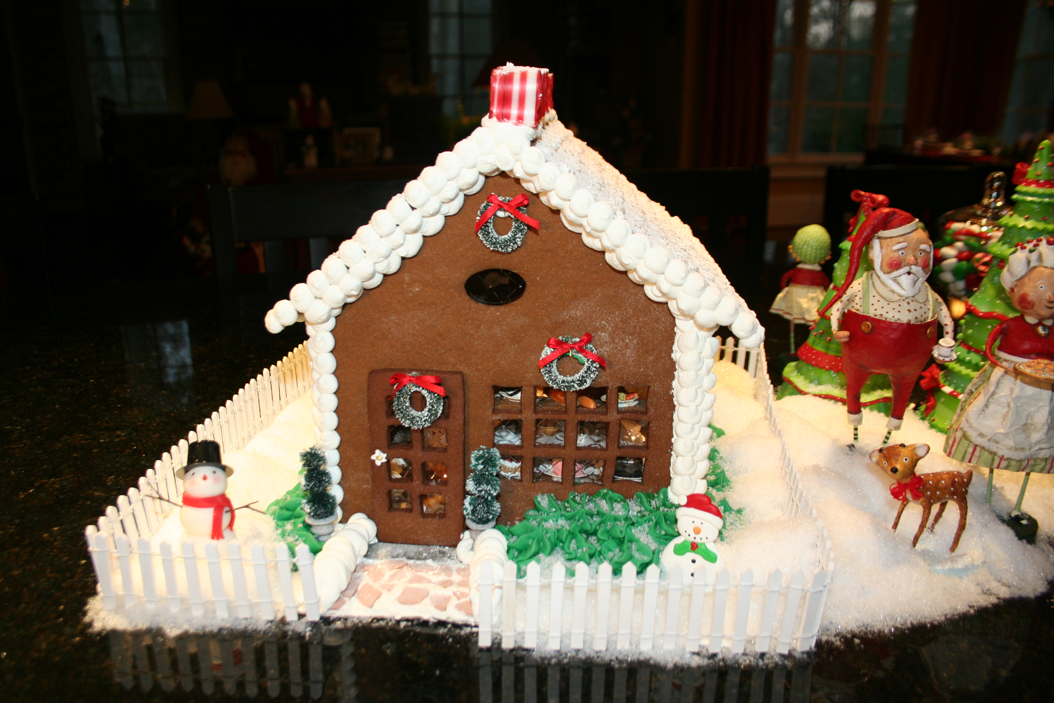 How To Make Your Own Gingerbread Houses Instructions Photo